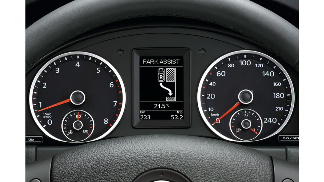 VW Tiguan Parklenkassistent