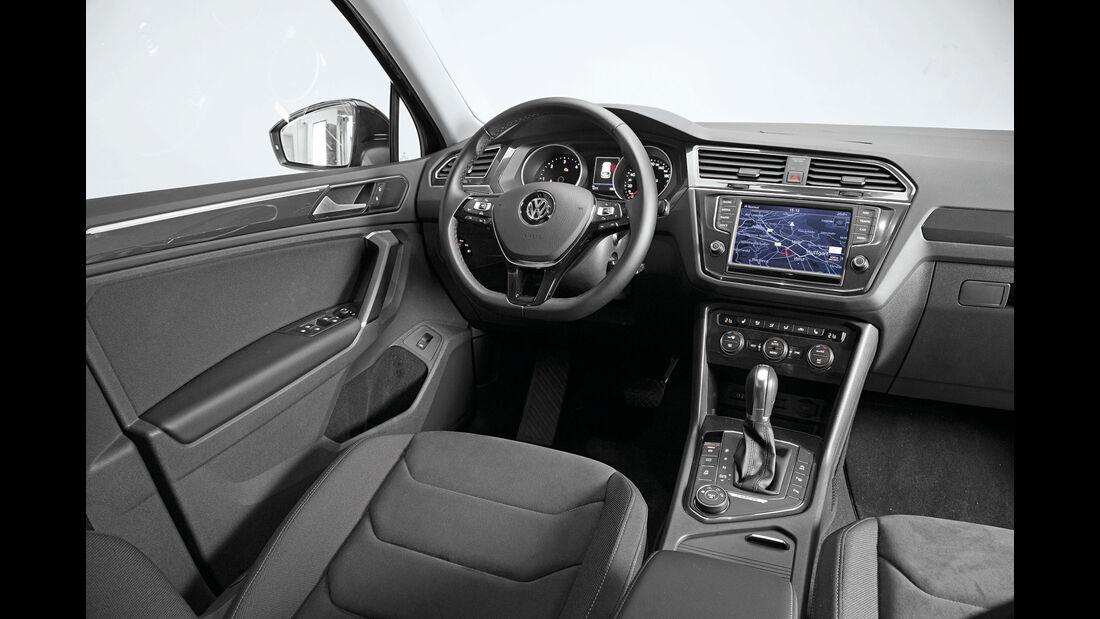 VW Tiguan - SUV - Cockpit