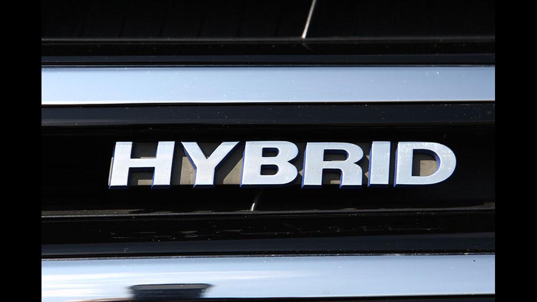VW Touareg Hybrid Schriftzug
