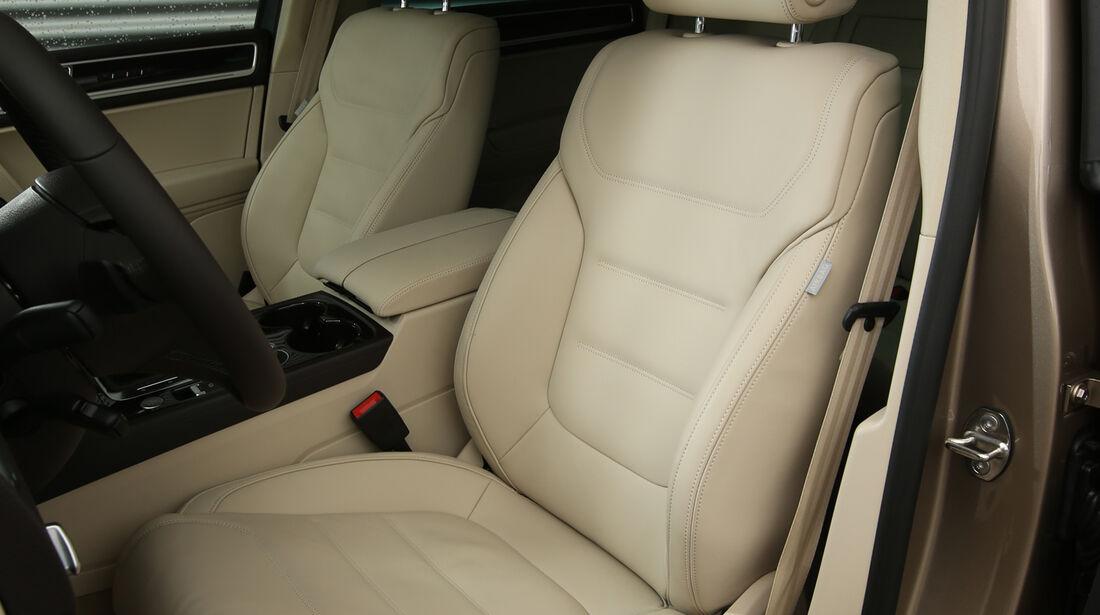 VW Touareg V6 TDI, Fahrersitz