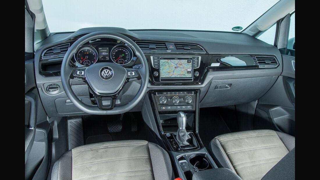 VW Touran 1.4 TSI, Cockpit