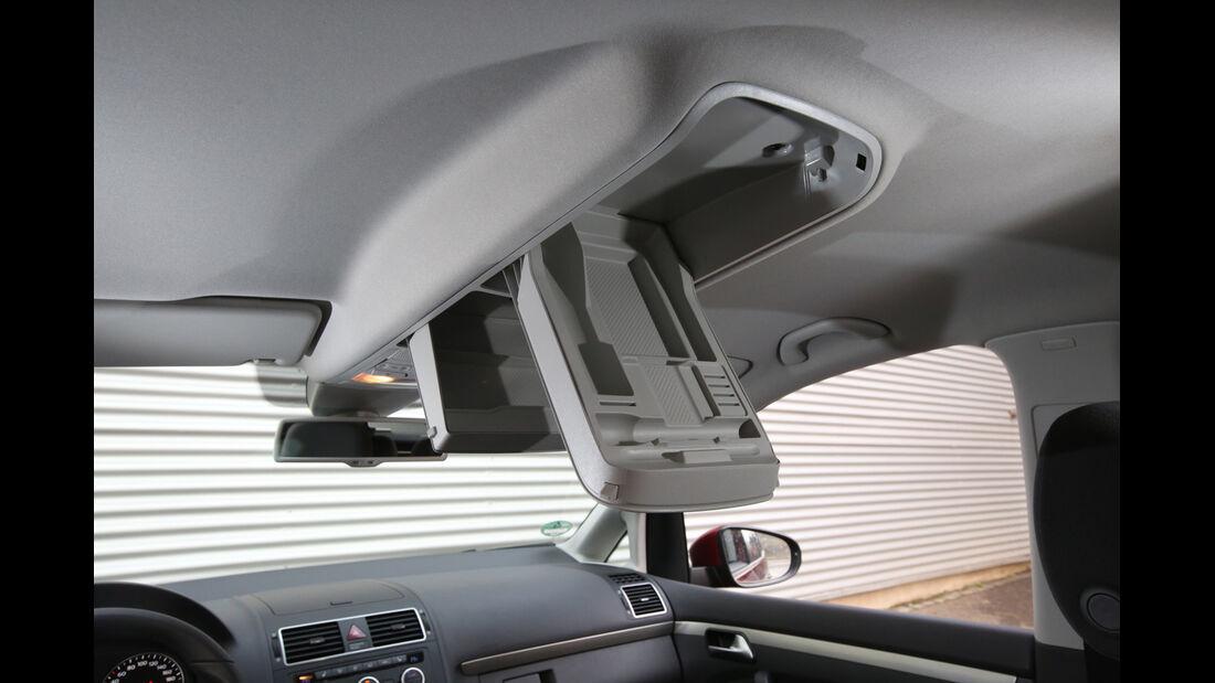 VW Touran 1.6 TDI BMT, Stauraum
