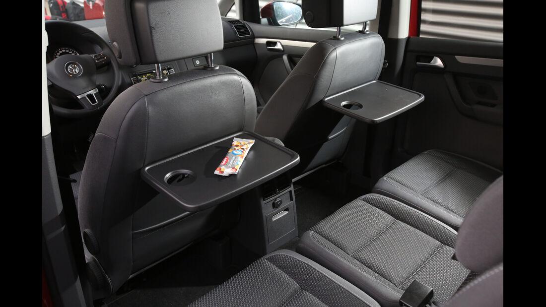VW Touran 1.6 TDI BMT, Tisch