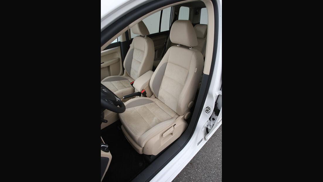 VW Touran 2.0 TDI Highline, Fahrersitz