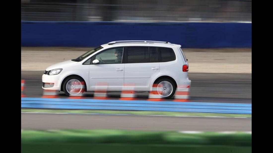 VW Touran 2.0 TDI Highline, Seitenansicht
