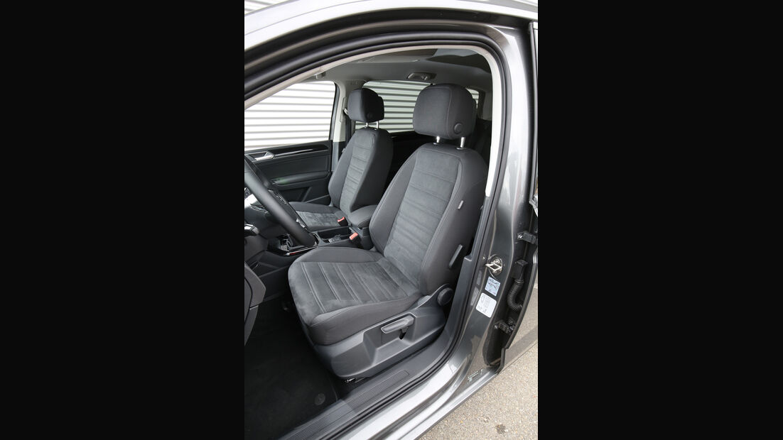 VW Touran 2.0 TDI SCR, Fahrersitz