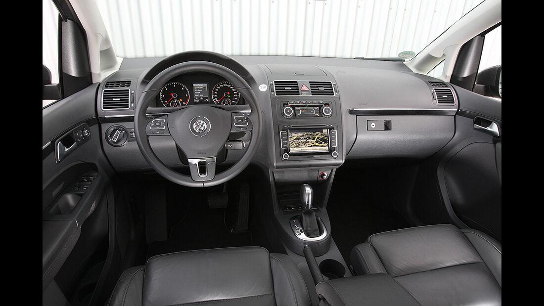 VW Touran, Cockpit