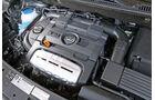 VW Touran TSI Ecofuel, Motor, Motorraum