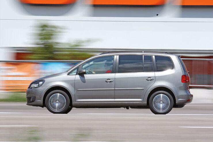 vw touran 1 4 tsi ecofuel im test familienvan mit erdgasantrieb auto motor und sport. Black Bedroom Furniture Sets. Home Design Ideas