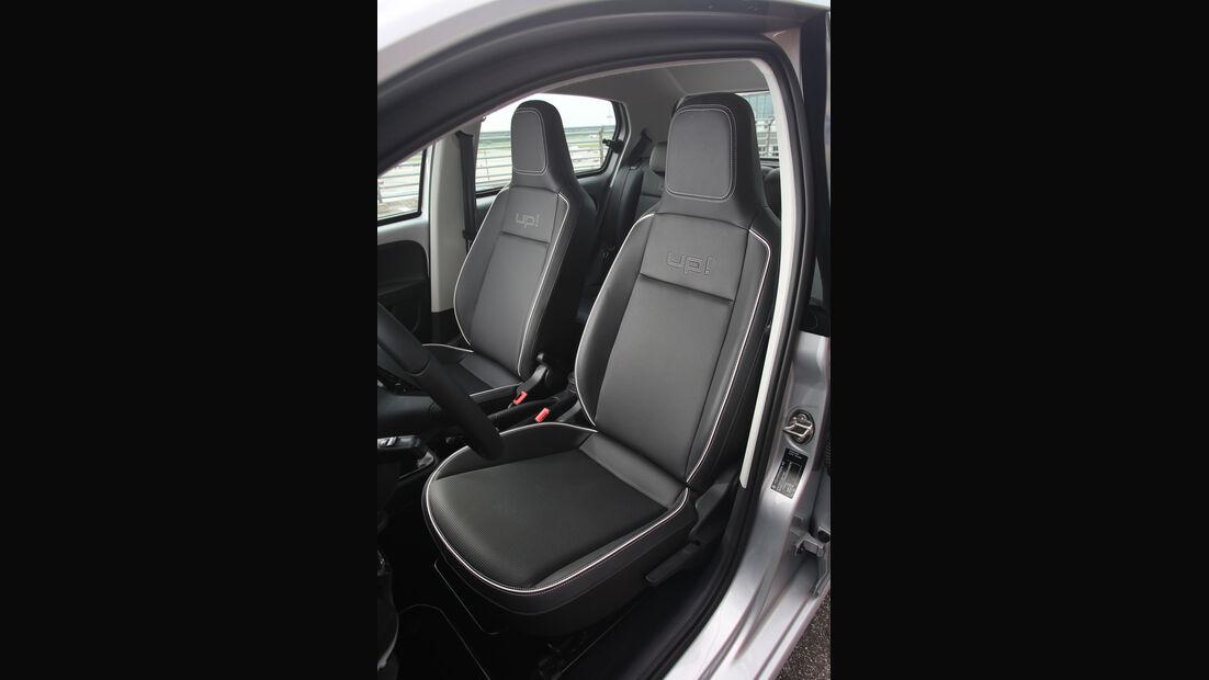 VW Up 1.0 Bluemotion, Fahrersitz
