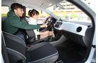 VW Up 1.0, Cockpit, Lenkrad