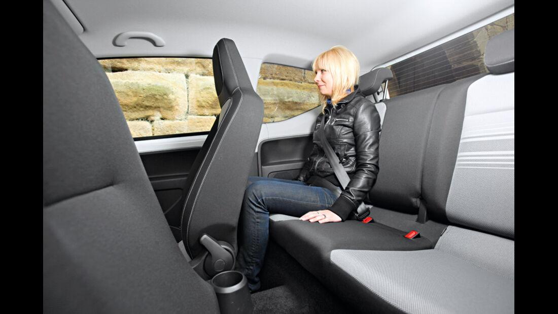 VW Up 1.0 White, Rückbank, Beinfreiheit