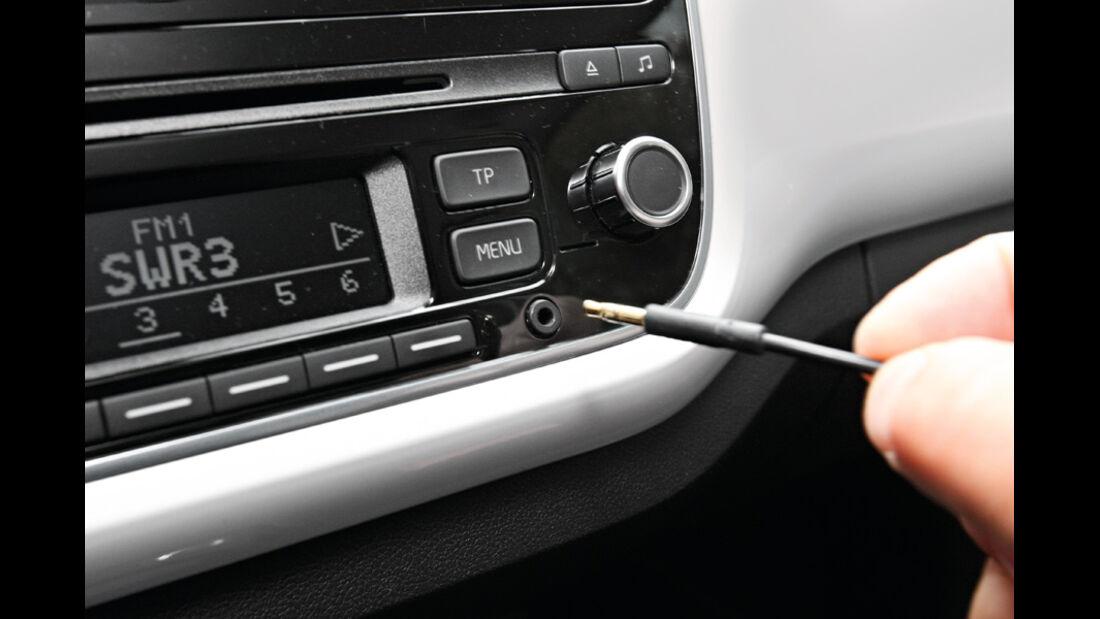 VW Up 1.0 White, USB-Zugang