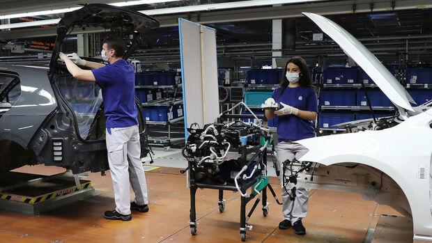VW: Wiederstart der Produktion nach Corona-Lockdown