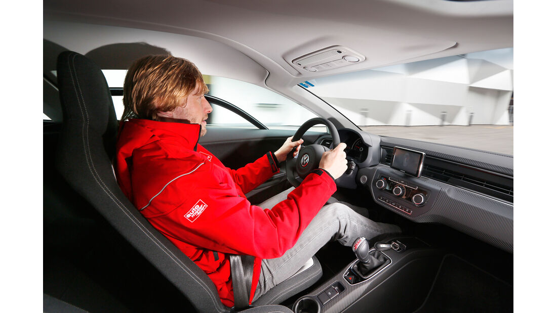 VW XL1, Marcus Peters, Cockpit, Lenkrad