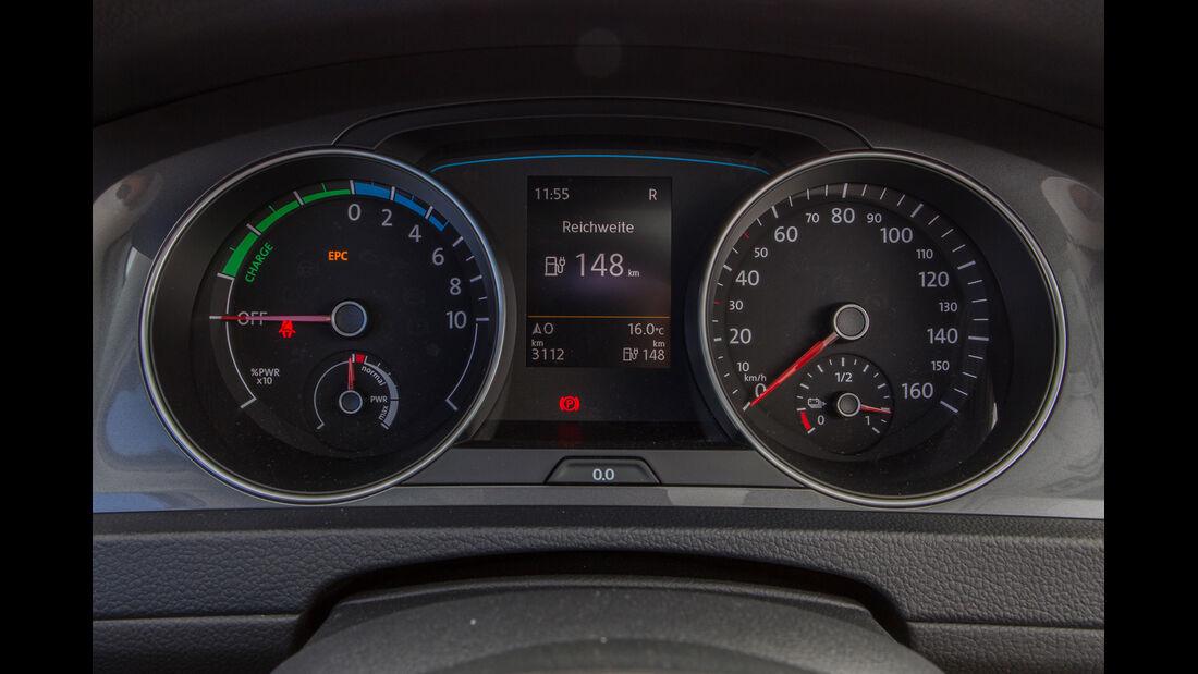 VW e-Golf, Anzeige, Rundinstrumente