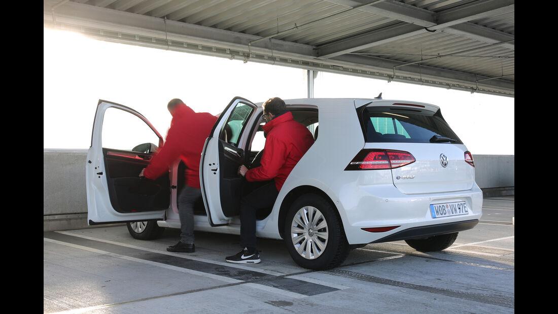 VW e-Golf, Seitentüren, Aussteigen