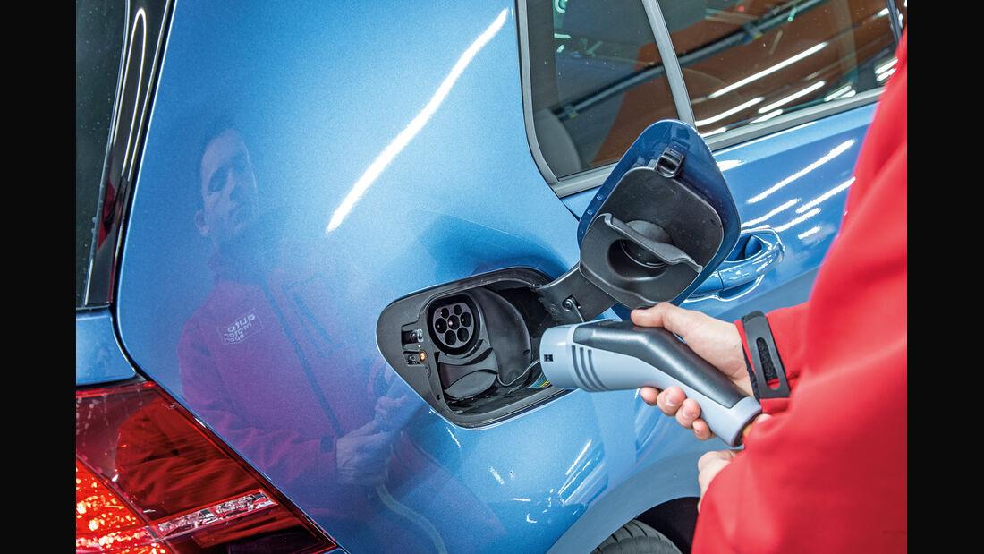 VW e-Golf, Strom tanken, Anschluss
