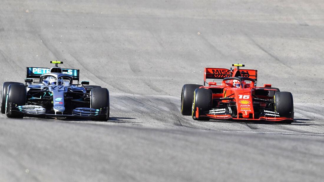 Valtteri Bottas - Mercedes - Charles Leclerc - Ferrari - GP USA 2019 - Austin - Rennen