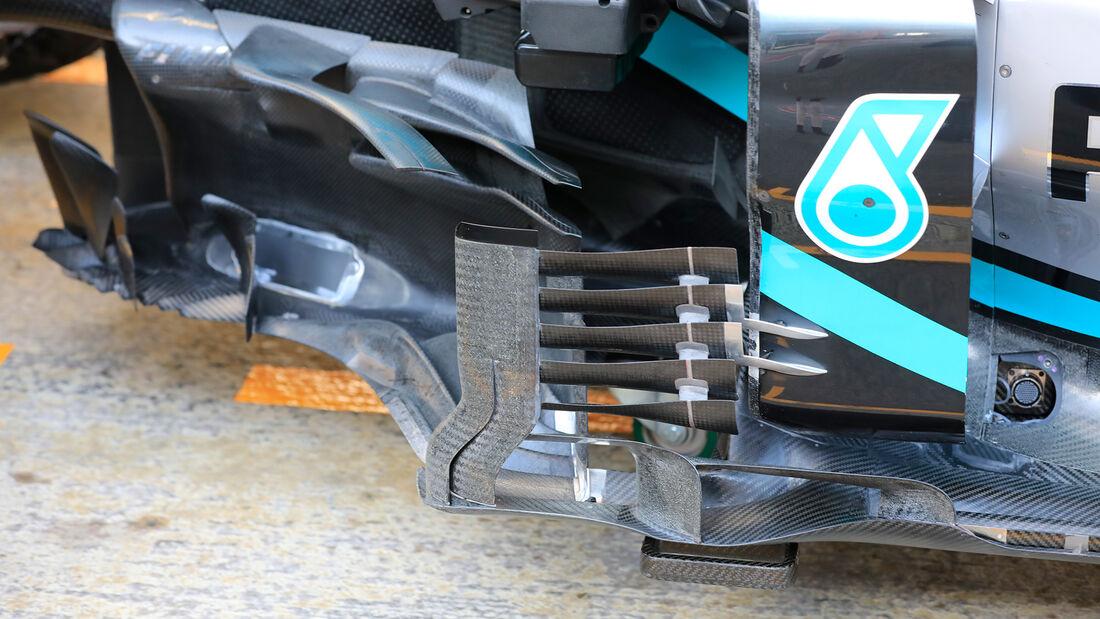 Valtteri-Bottas-Mercedes-F1-Test-Barcelo