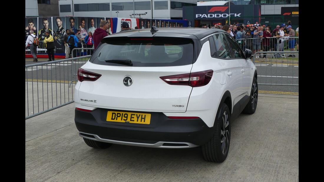 Vauxhall Grandland X - Dienstwagen - F1-Piloten 2019
