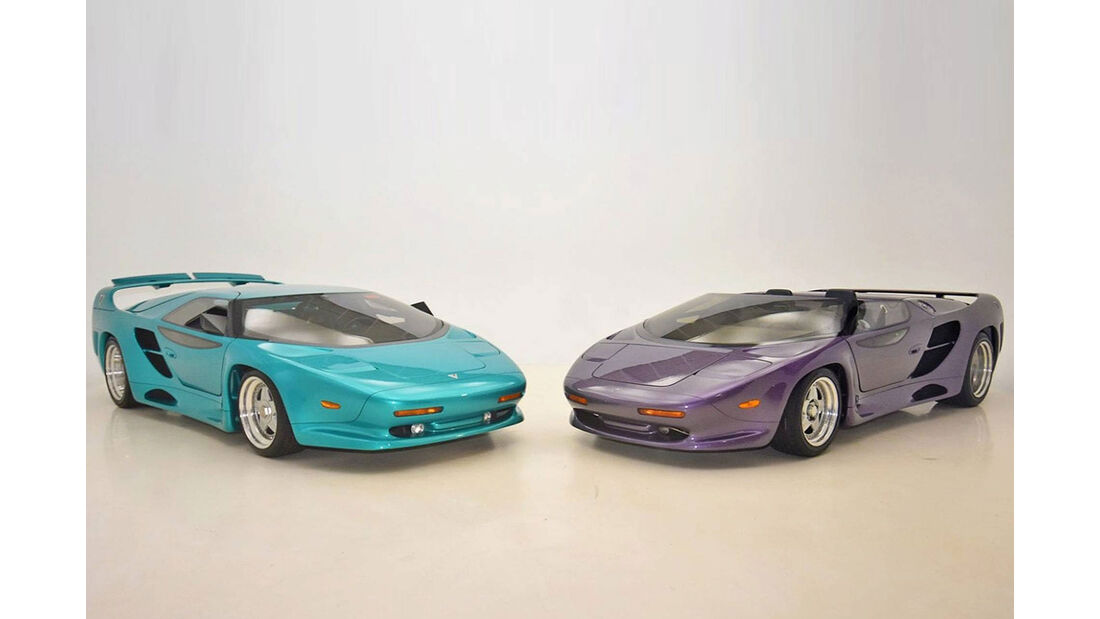 Vector WX3-Coupe und WX3-Roadster