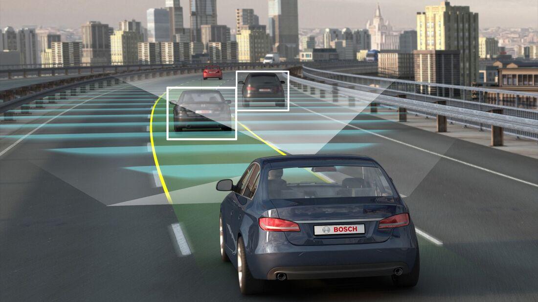 Verbraucher wünschen sich selbstfahrende Autos von Apple und Google.