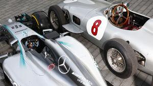 Vergleich: Mercedes W196 vs. AMG W05 - 2015