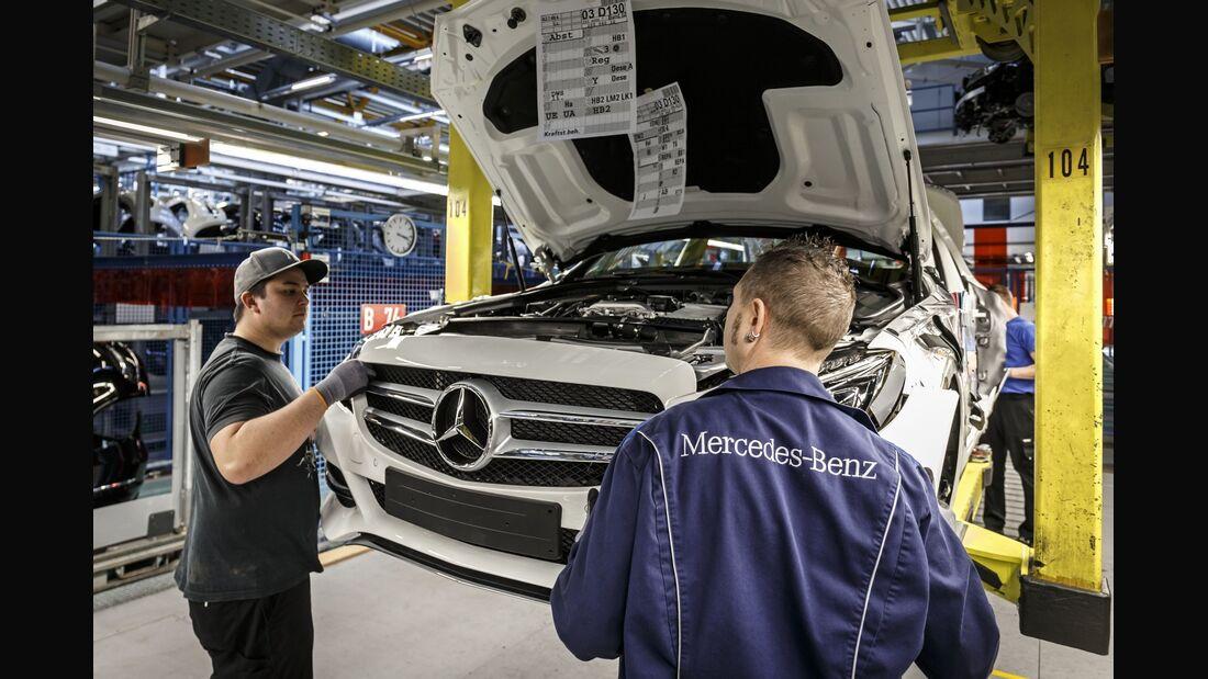 Verschärft der Westen seine Sanktionen gegen Russland, erwägt das Land ein Importverbot westlicher Autos.