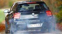Versus-BMW M135i, Heckansicht,