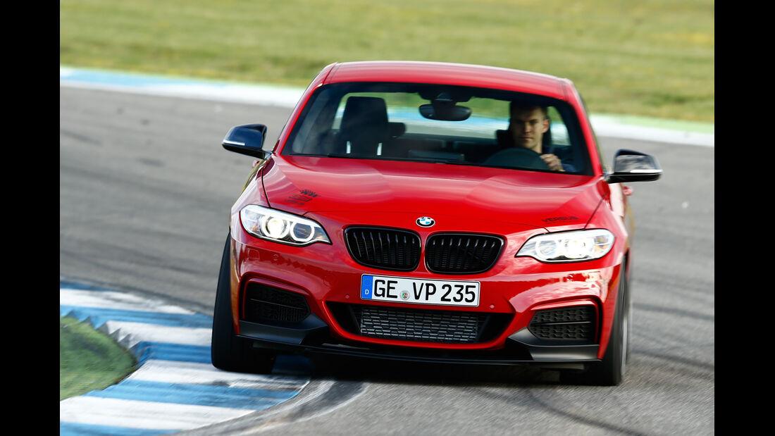 Versus-BMW M235i, Frontansicht