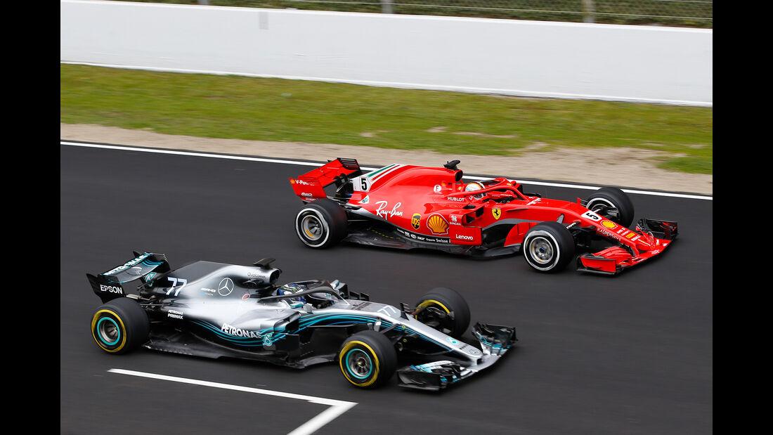 Vettel & Bottas - Ferrari & Mercedes - F1-Test - Barcelona - Tag 2 - 27. Februar 2018