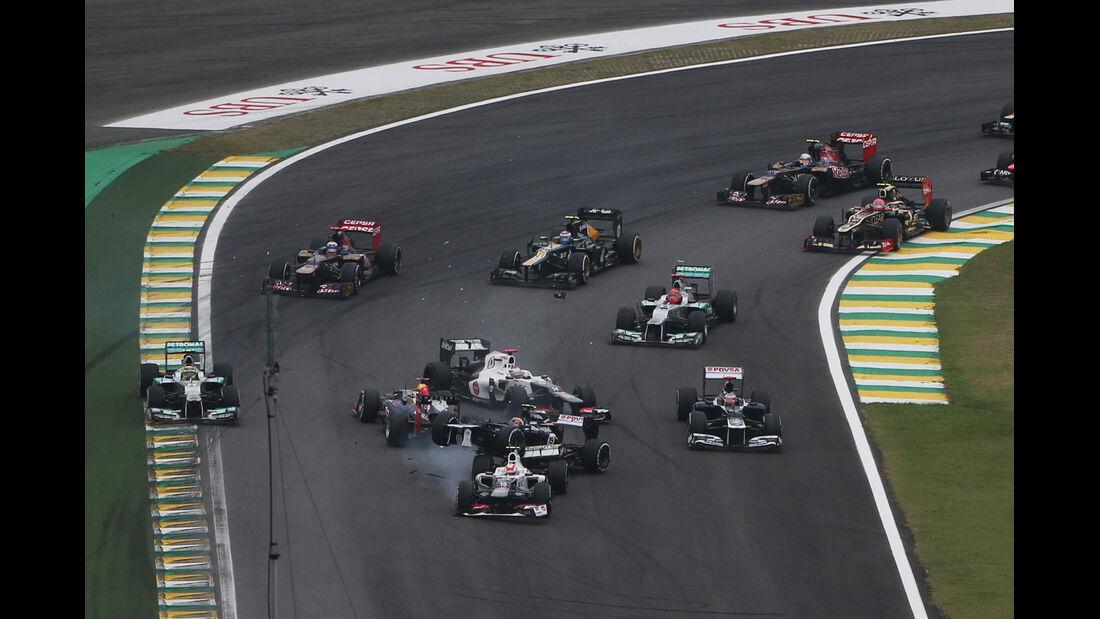Vettel Crash GP Brasilien 2012