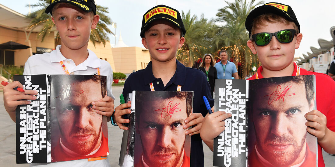 Vettel-Fans - Formel 1 - GP Bahrain - 7. April 2018