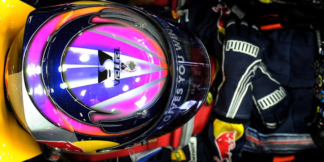 Vettel Helm Red Bull 2010