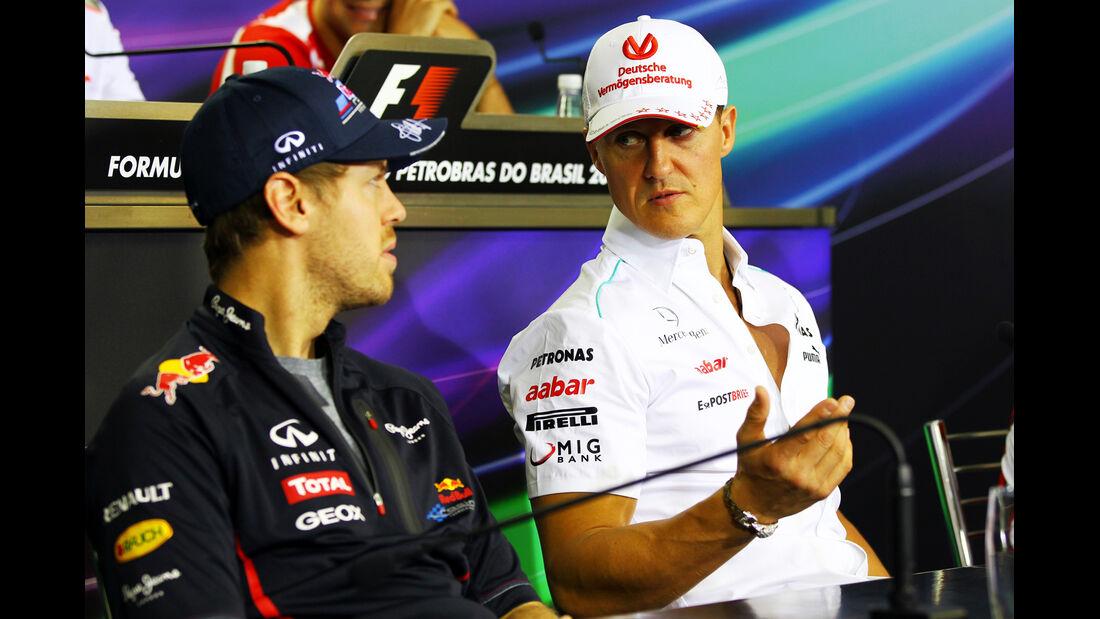 Vettel & Schumacher - Formel 1 - GP Brasilien - Sao Paulo - 22. November 2012