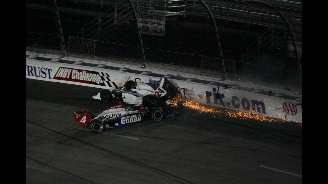 Viso & Andretti - Richmondo - IndyCar-Crash