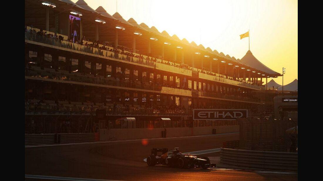 Vitaly Petrov - Formel 1 - GP Abu Dhabi - 02. November 2012