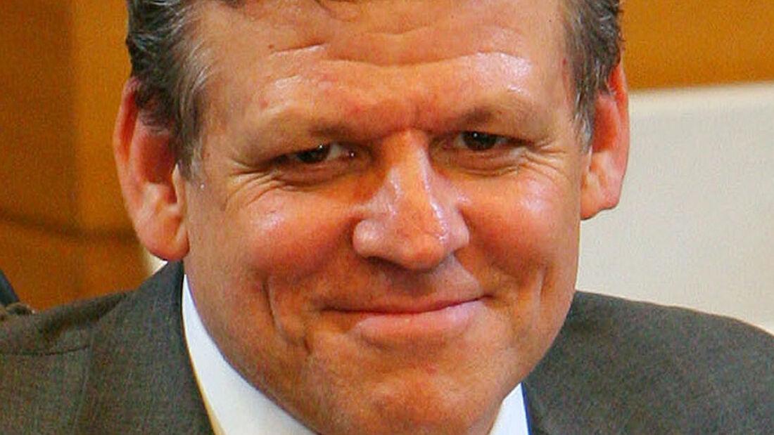Volker Hoff (Opel)