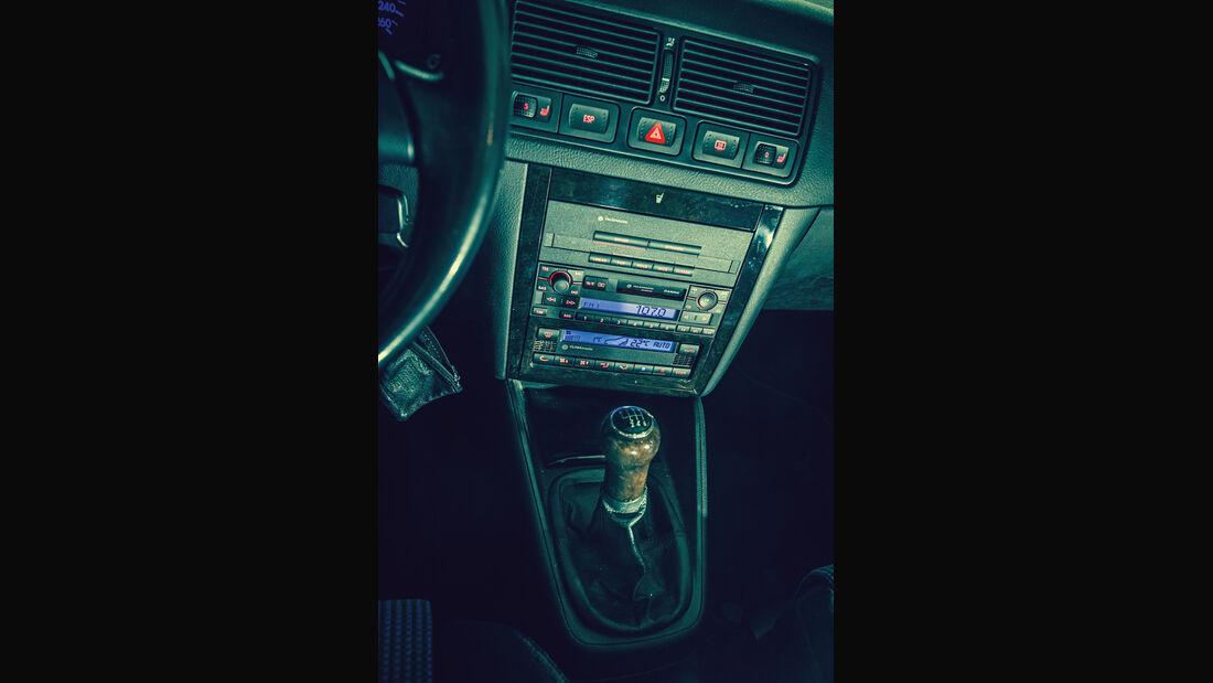 Volkswagen Golf 1.9 TDI, Mittelkonsole