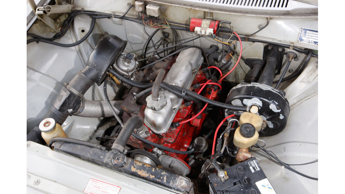 Volvo 144, Motor