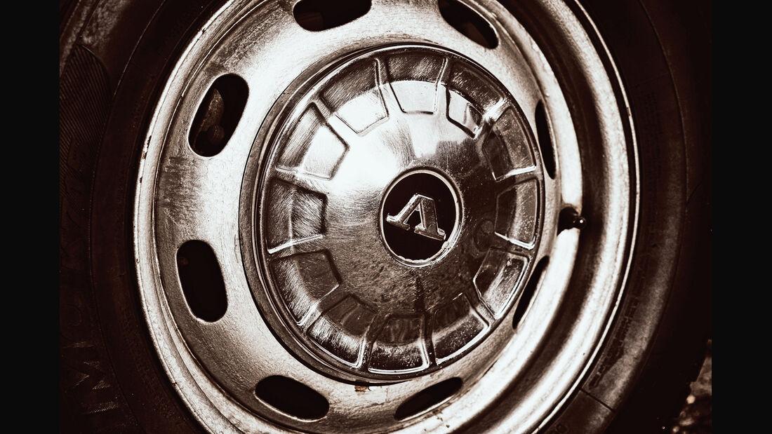 Volvo 144 de Luxe, Radhaube, Felge