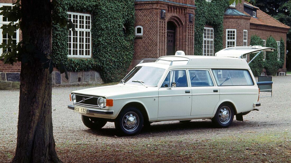 Volvo 145 Taxi