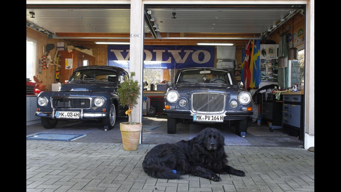 Volvo 164, Volvo 745, Garage, Frontbild, beide Fahrzeuge