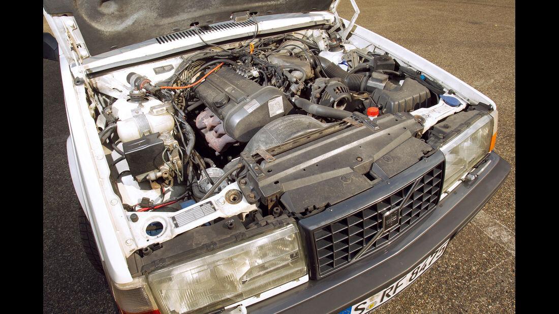Volvo 740 GLT 16 V, Motor