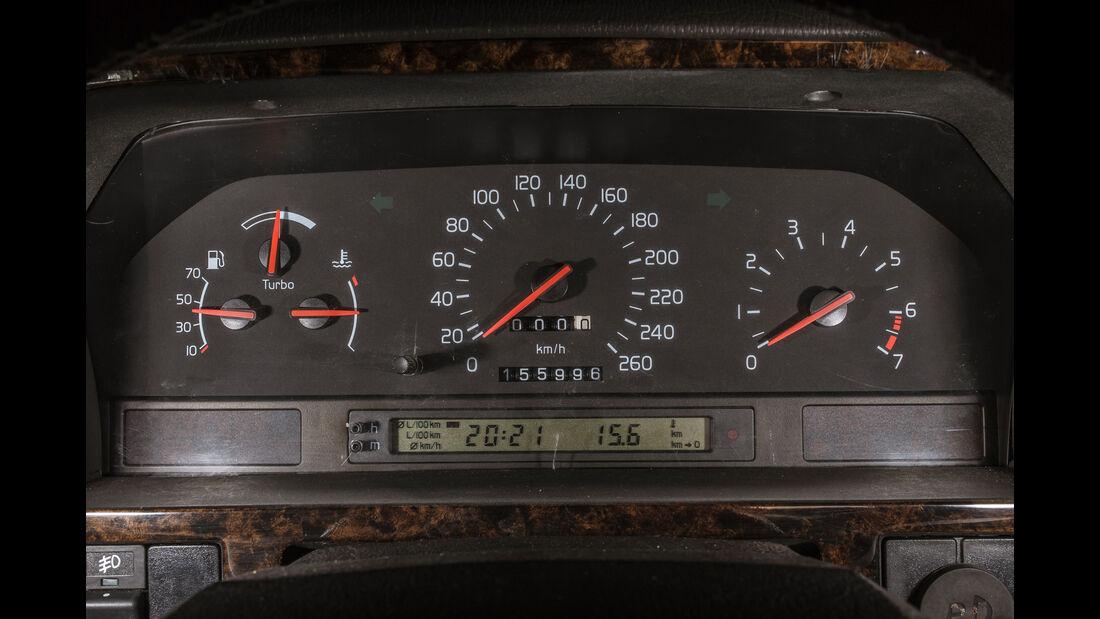 Volvo 850 T-5R, Rundinstrumente
