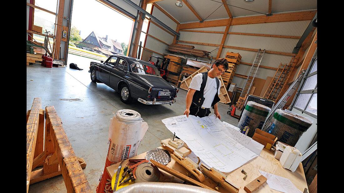 Volvo Amazon 122S in der Halle