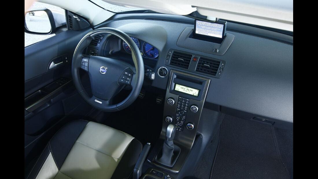 Volvo C30 D4, Cockpit