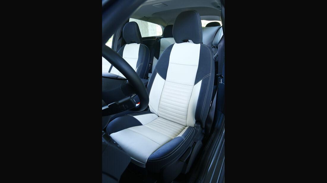 Volvo C30 D4, Sitz
