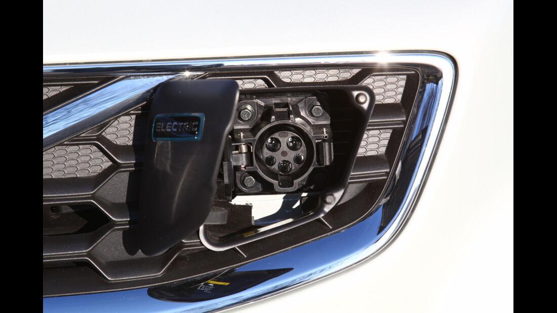 Volvo C30 Electric, Steckdose